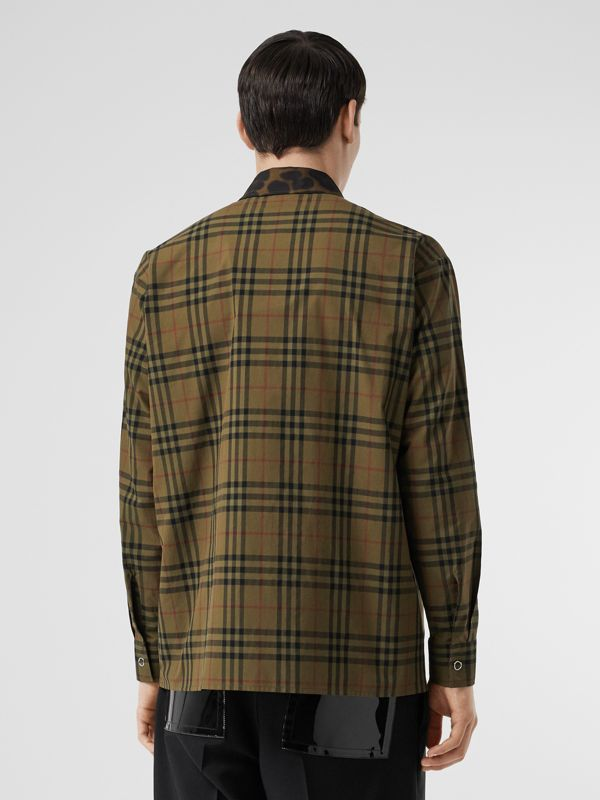 Contrast Collar Vintage Check Cotton Shirt in Army Green | Burberry - cell image 2