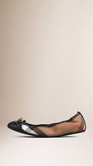 Buckle Detail House Check Ballerinas