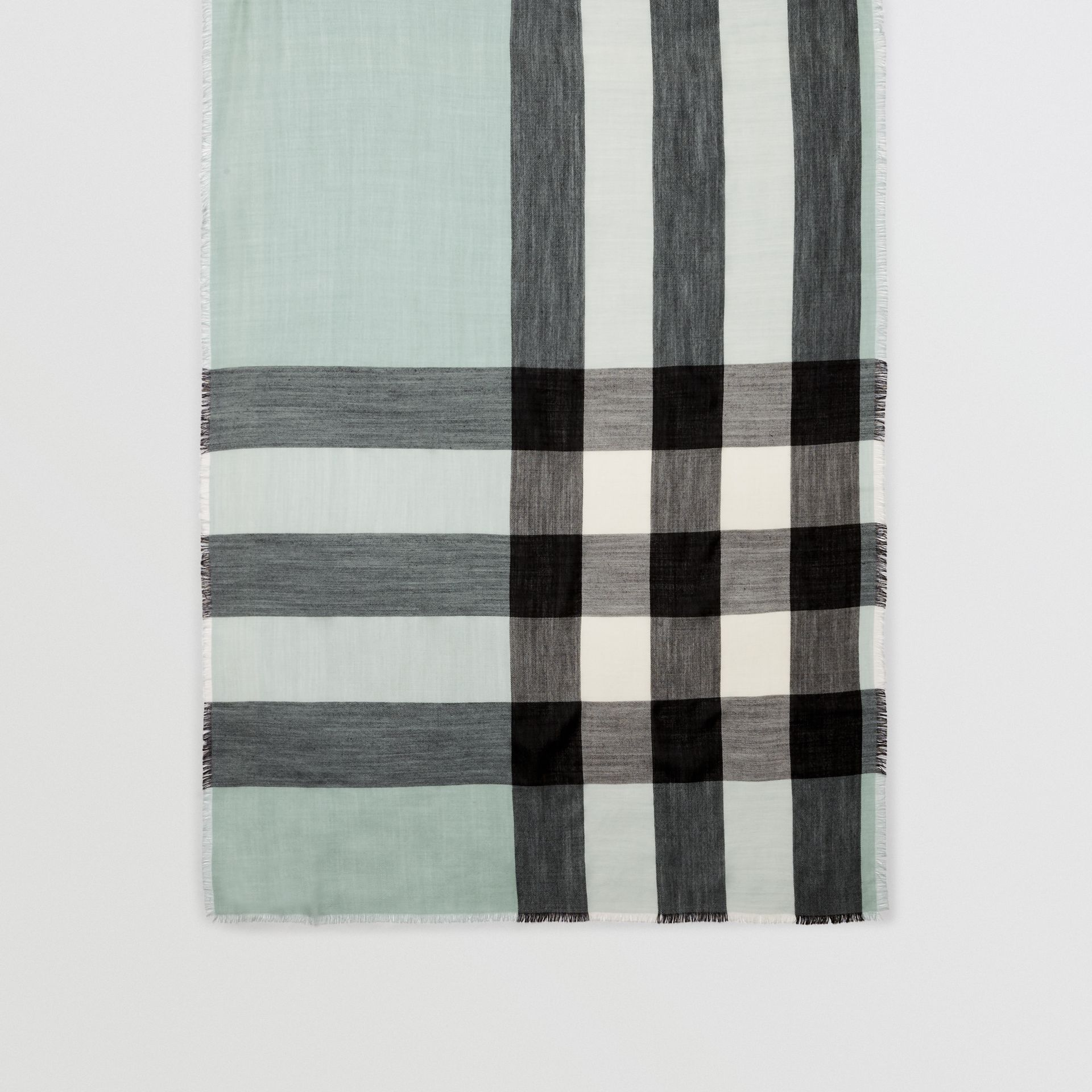 Lightweight Check Cashmere Scarf in Dusty Mint | Burberry United Kingdom - gallery image 4