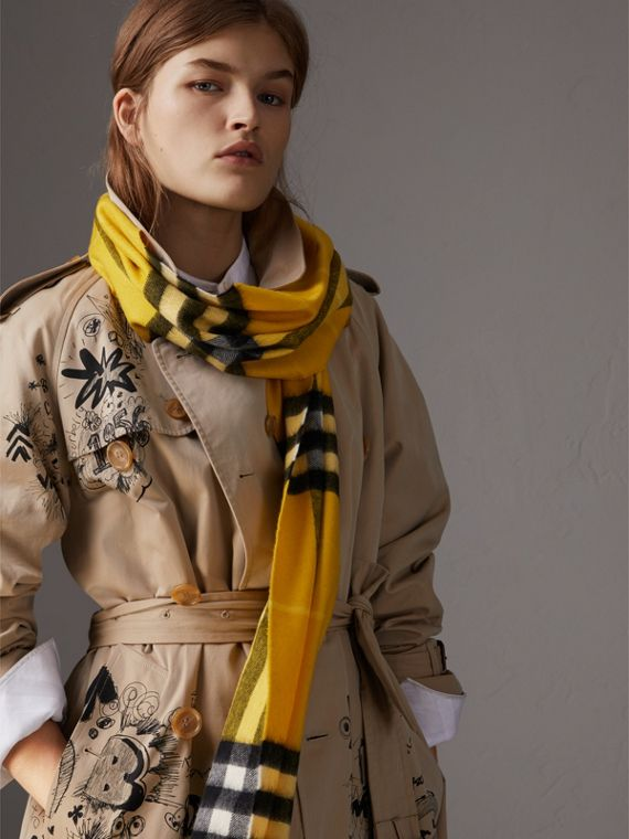 The Classic Check Cashmere Scarf in Gorse Yellow | Burberry - cell image 2