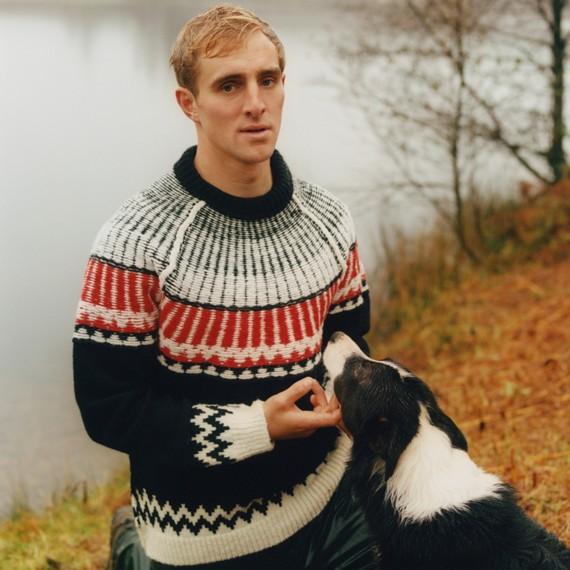 Pullover in lana e cashmere con motivo Fair Isle (Nero/rosso Militare)