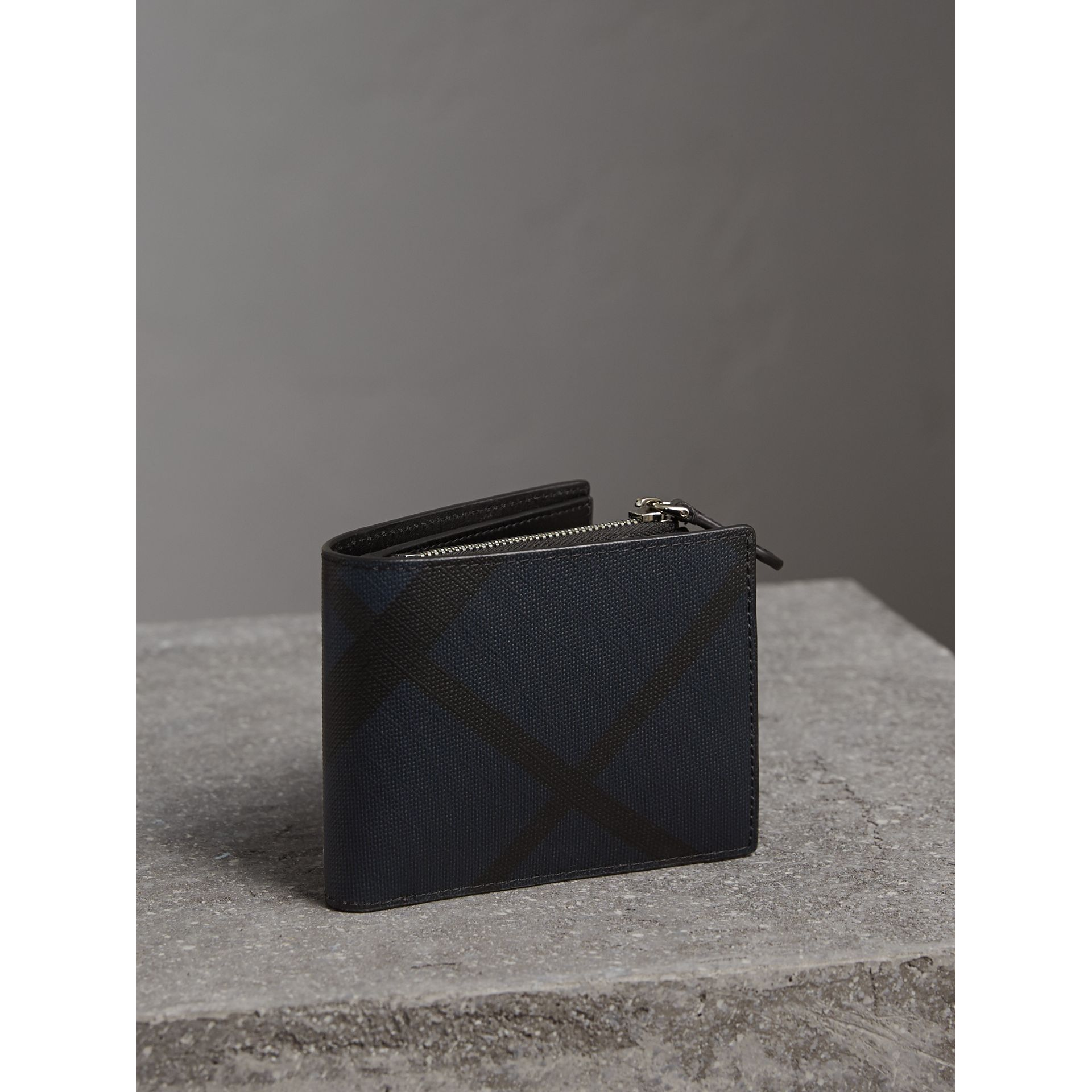 London Check International Bifold ID Coin Wallet in Navy/black - Men | Burberry - gallery image 1