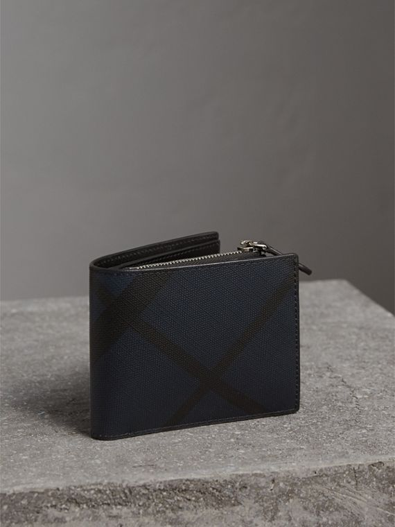 London Check International Bifold ID Coin Wallet in Navy/black - Men | Burberry Canada