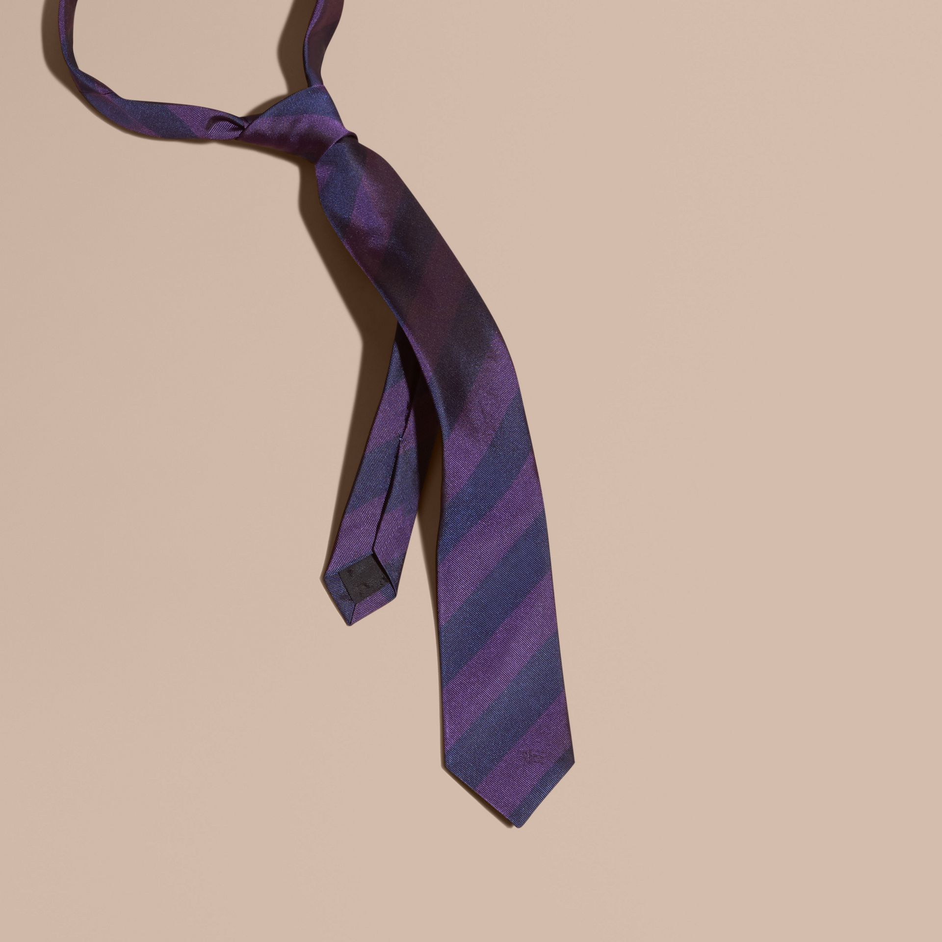 Slim Cut Stripe Jacquard Silk Tie in Purple Black - gallery image 3