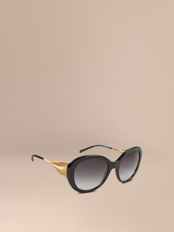 Gabardine Collection Oversize Round Frame Sunglasses in Black - Women | Burberry Hong Kong