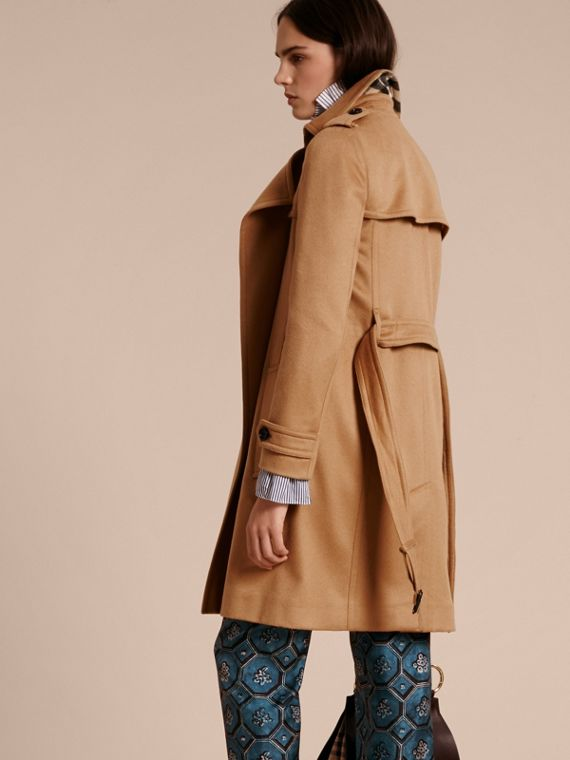 Cammello Trench coat a scialle in cashmere Cammello - cell image 2