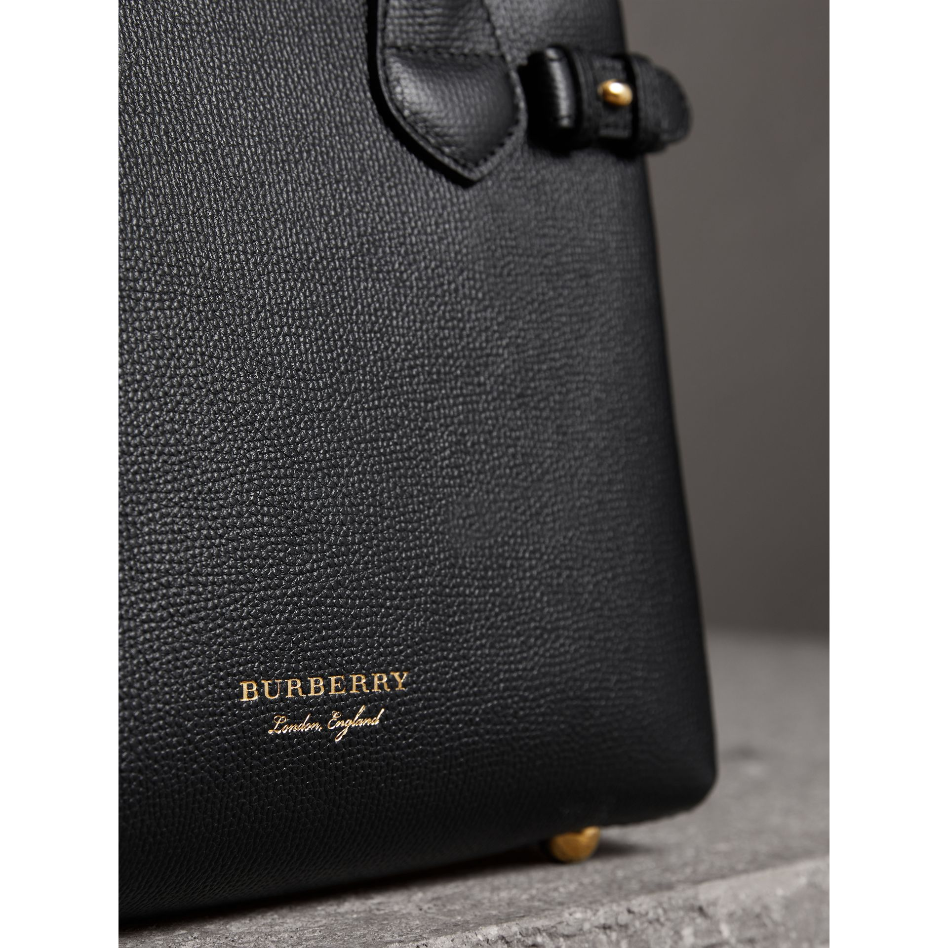 The Small Banner in Leather and House Check in Black - Women | Burberry Australia - gallery image 1