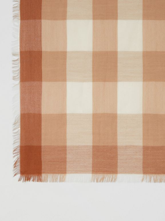 Lightweight Check Cashmere Scarf in Dark Camel | Burberry - cell image 1