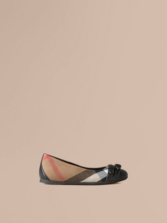 Belt Detail House Check Ballerinas Black