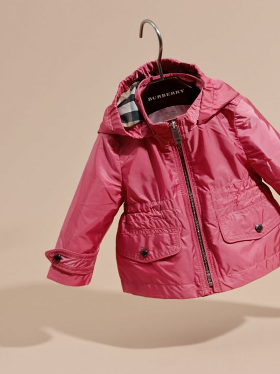 Hooded Packaway Technical Jacket in Pink Azalea - cell image 2