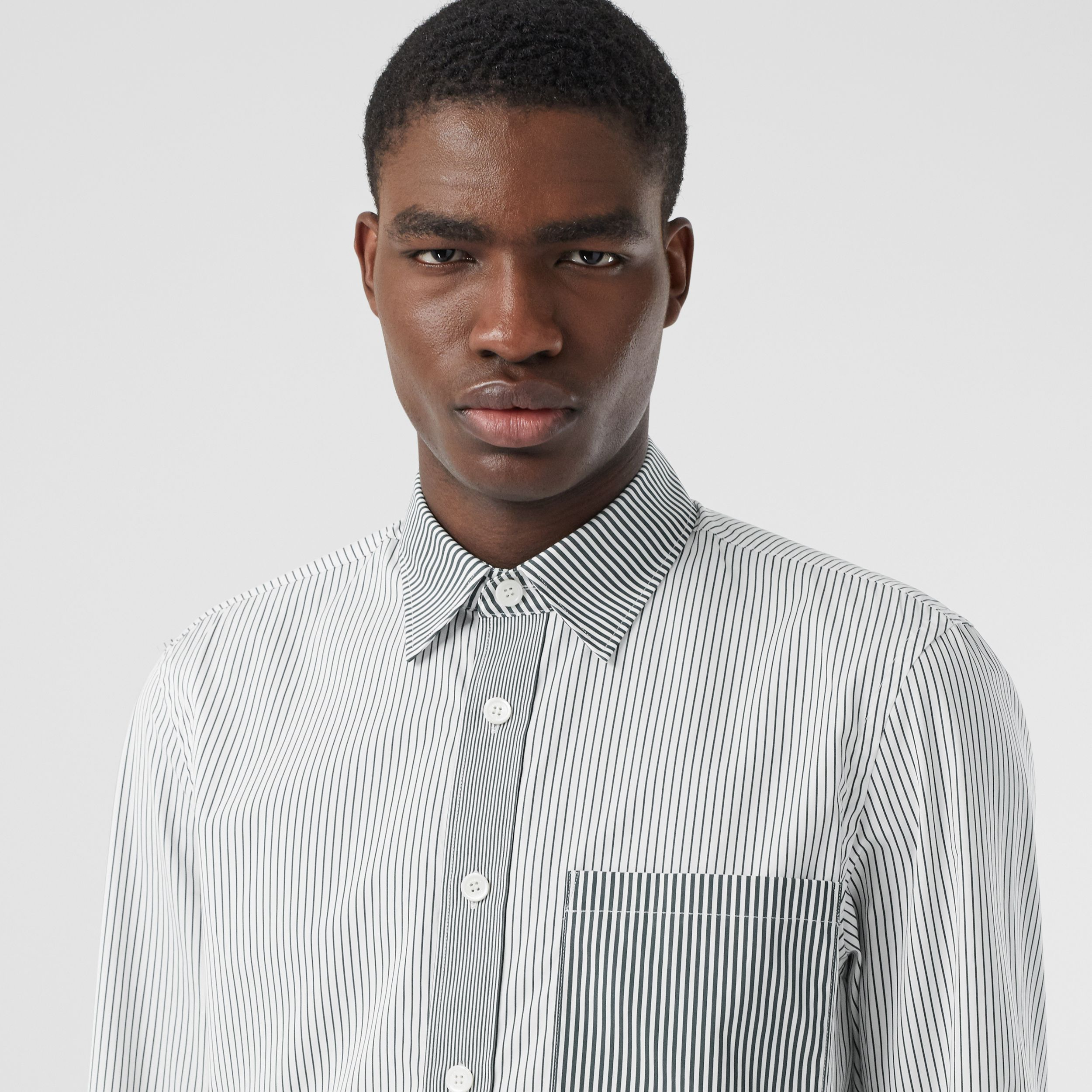 Classic Fit Contrast Stripe Cotton Shirt in Dark Pine Green - Men | Burberry - 2