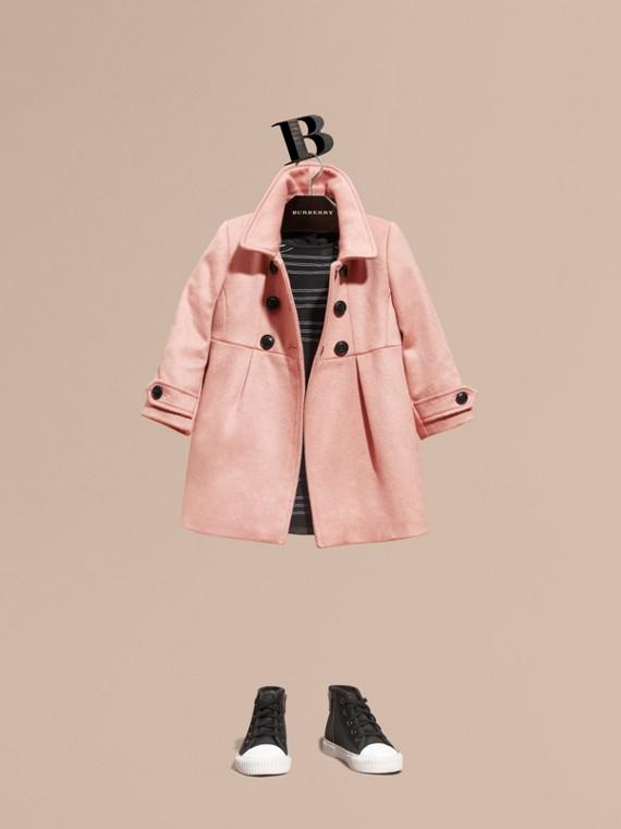 Körperbetonter Kaschmirmantel Kreidefarben-rosa