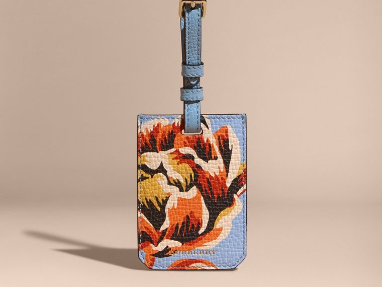 Peony Rose Print Grainy Leather Luggage Tag in Pale Blue/vibrant Orange | Burberry - cell image 4