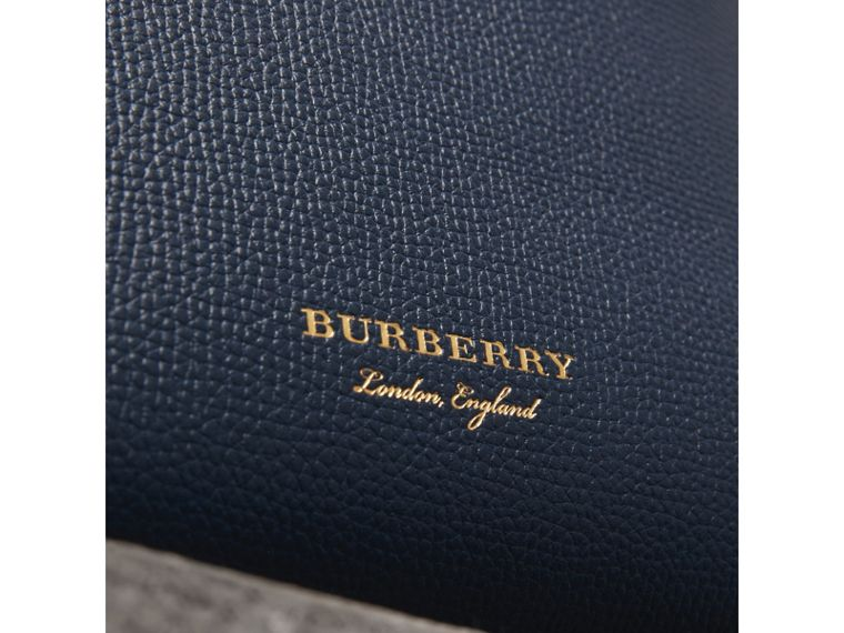 The Baby Banner aus Leder mit House Check-Muster (Tintenblau) - Damen | Burberry - cell image 1