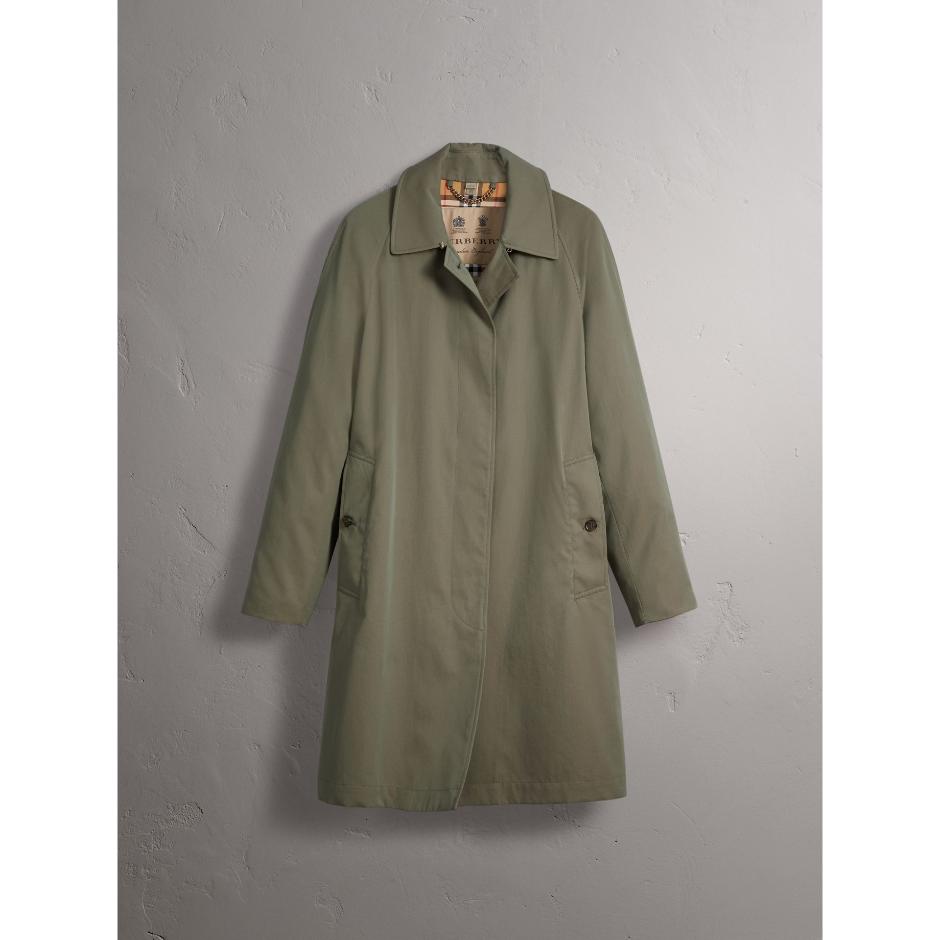 The Camden – Long Car Coat in Chalk Green - Women | Burberry Singapore - gallery image 4