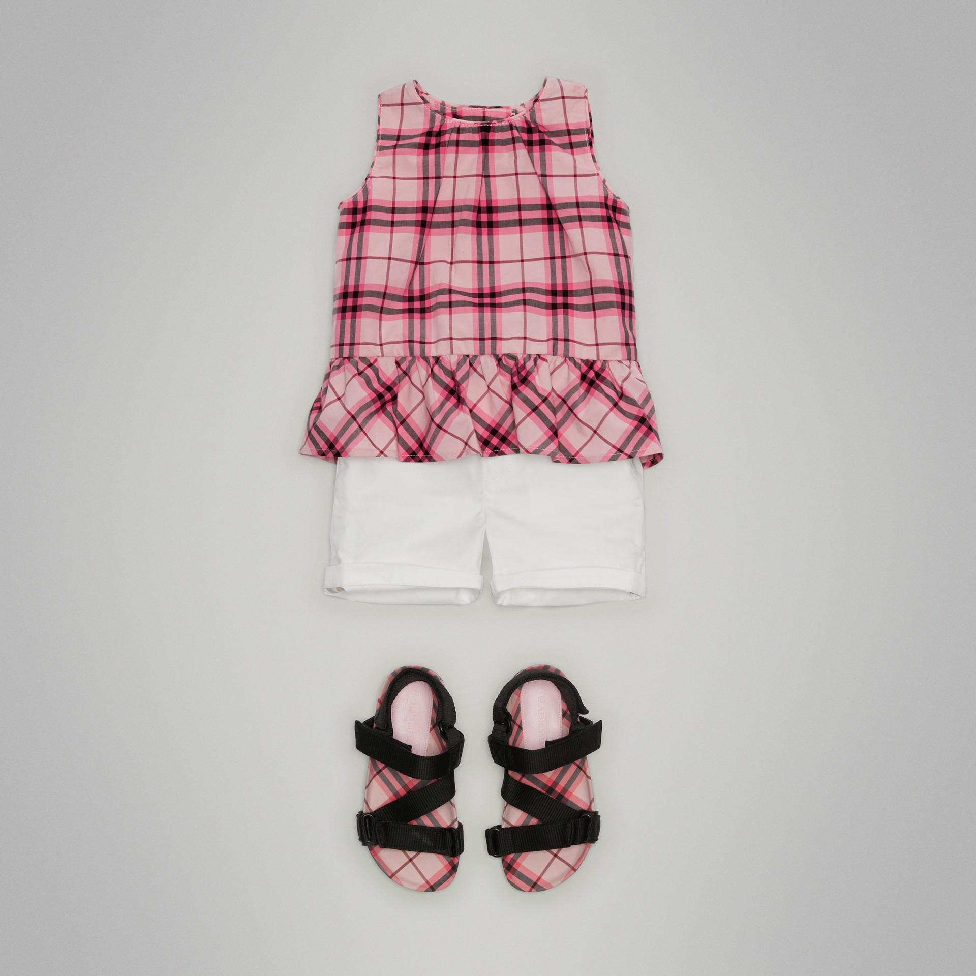Chino-Shorts aus Baumwolltwill (Weiss) | Burberry - Galerie-Bild 0