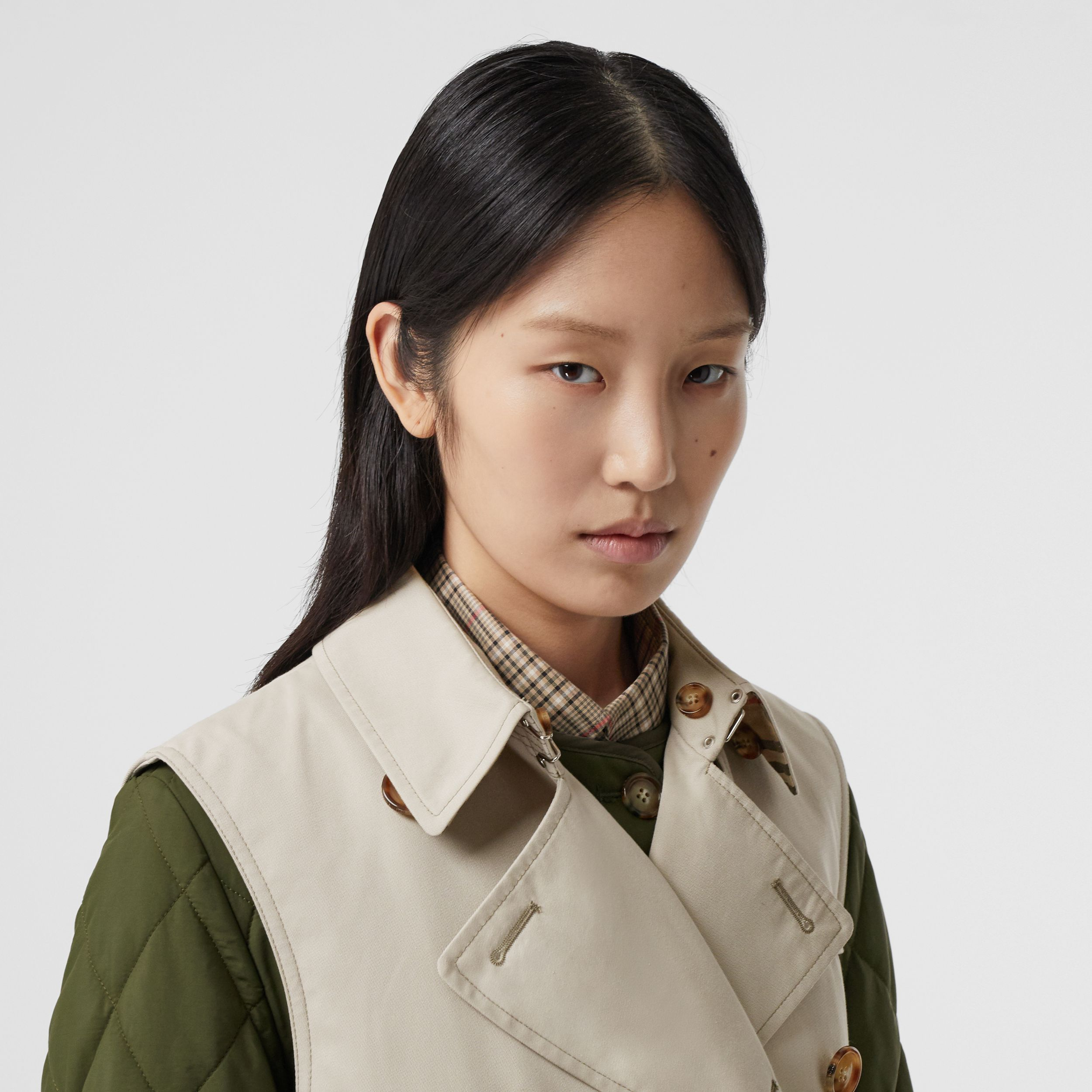 Sleeveless Trench Coat with Detachable Warmer in Stone - Women | Burberry Australia - 2