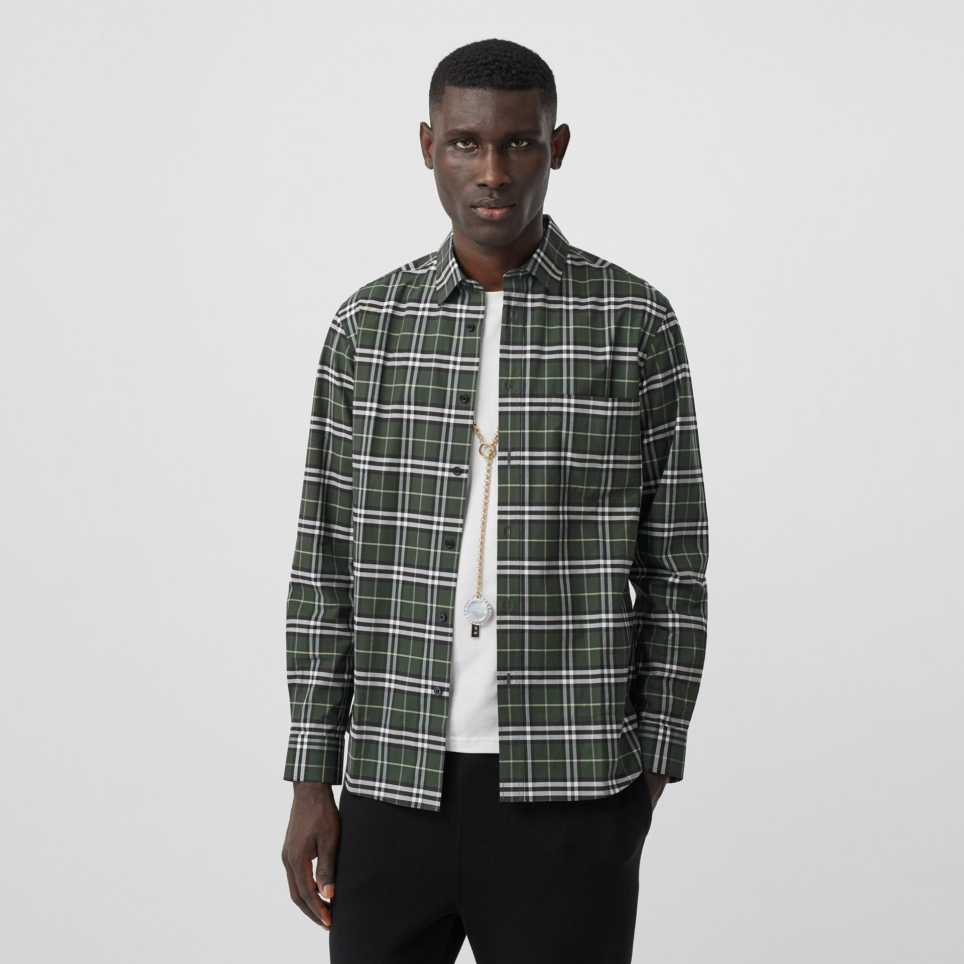 Small Scale Check Stretch Cotton Shirt in Seaweed - Men | Burberry United Kingdom - gallery image 4