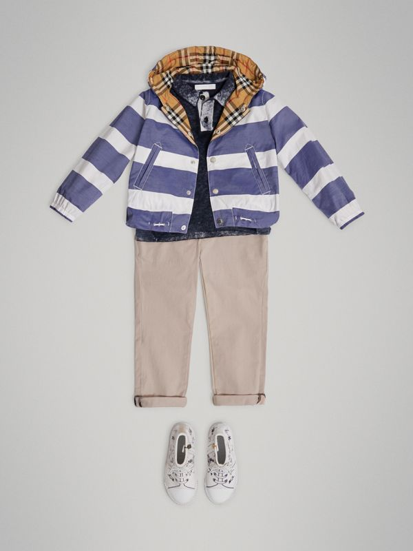 Reversible Stripe and Vintage Check Cotton Jacket in Navy/white | Burberry Australia - cell image 2