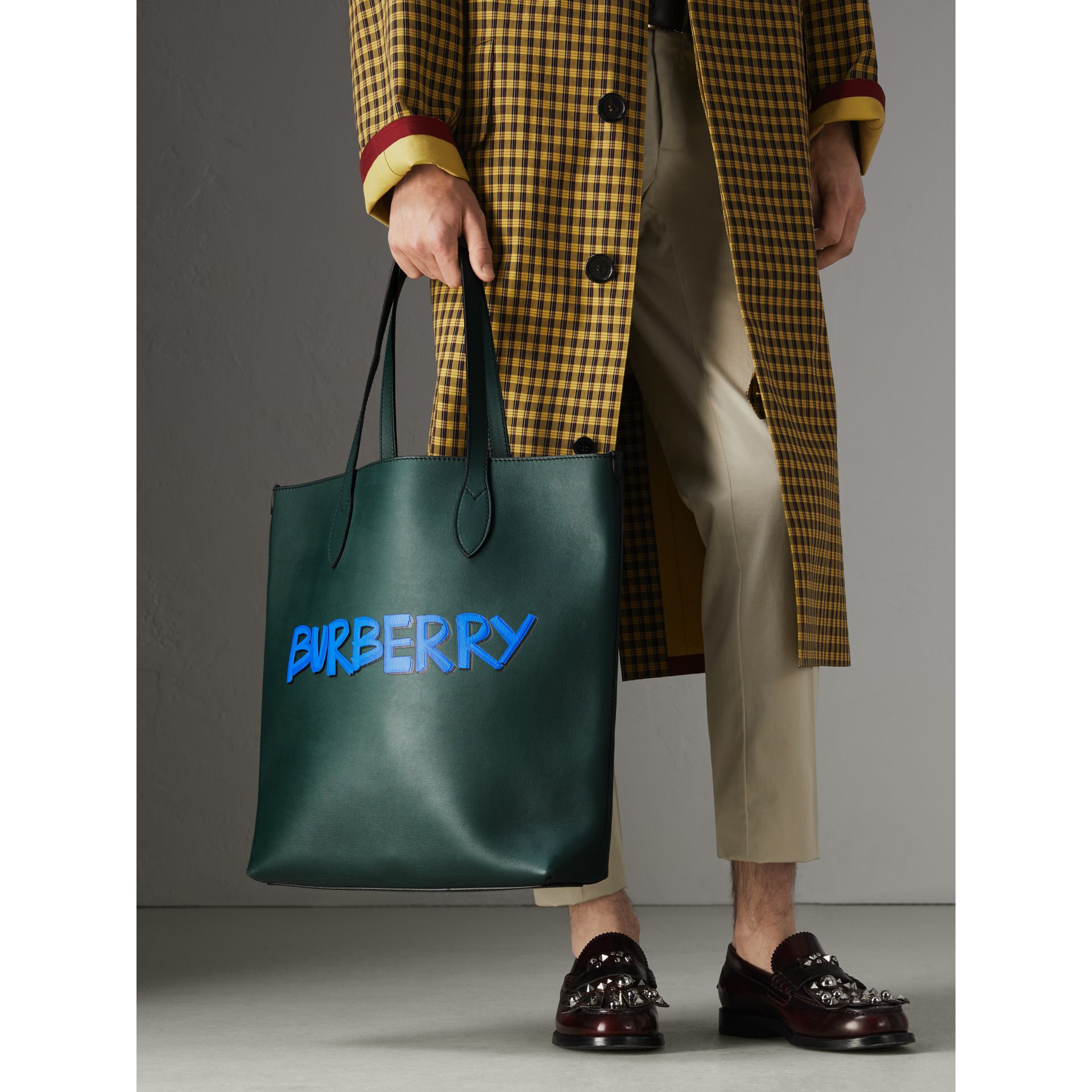 Graffiti Print Bonded Leather Tote in Deep Bottle Green | Burberry Canada - gallery image 3