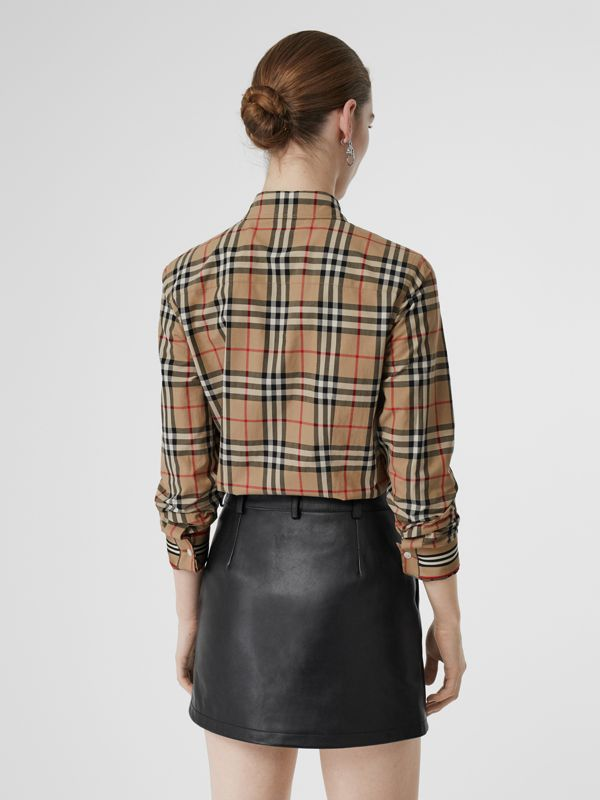Camicia in cotone stretch con motivo Vintage check e colletto button-down (Beige Archivio) - Donna | Burberry - cell image 2