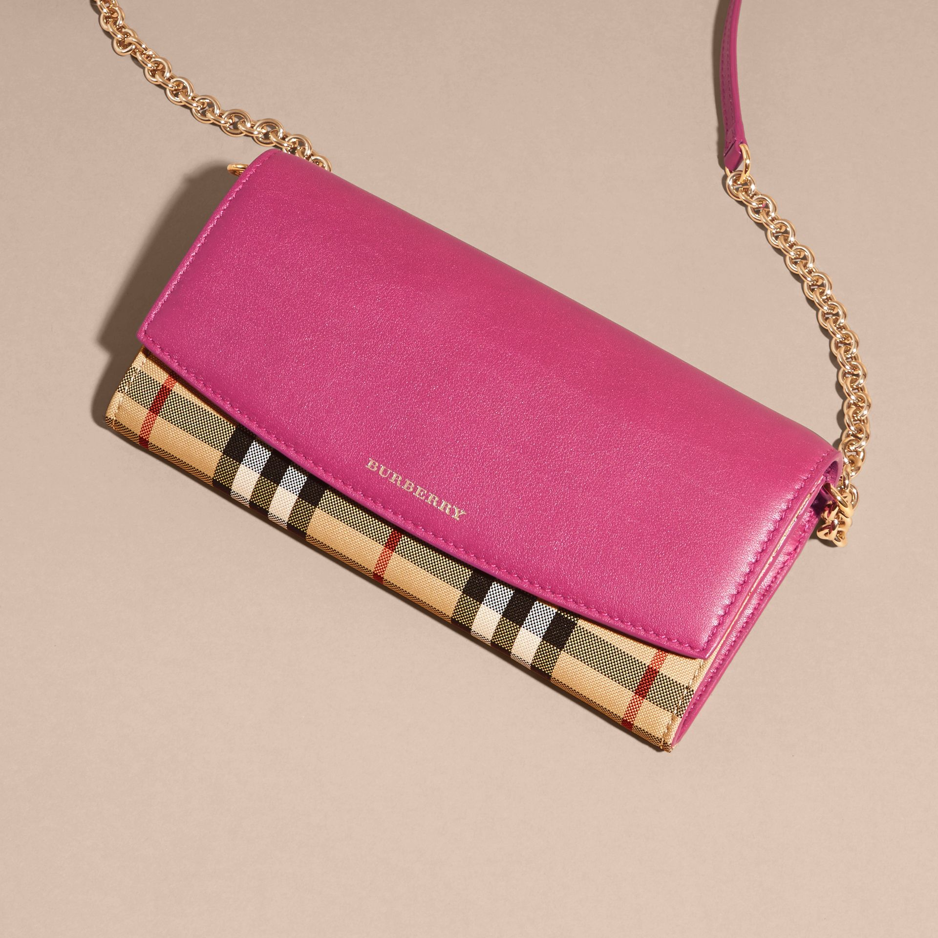 Brilliant fuchsia Horseferry Check and Leather Wallet with Chain Brilliant Fuchsia - gallery image 3
