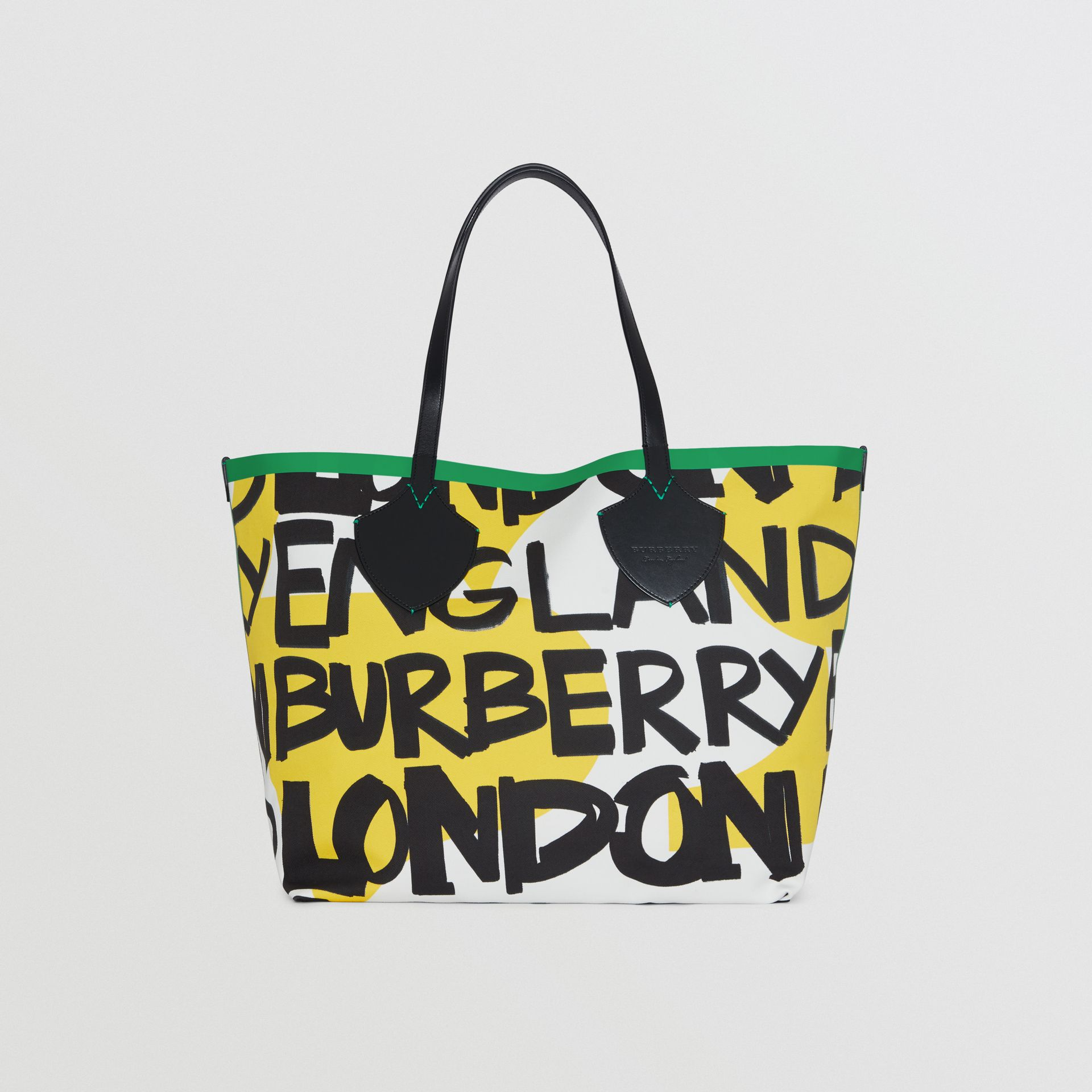 The Giant Tote in Graffiti Print Cotton in Black/green | Burberry - gallery image 0