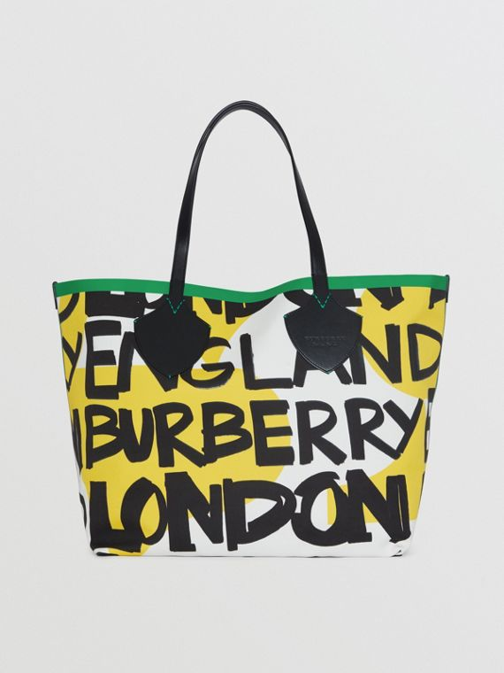 The Giant Tote in Graffiti Print Cotton in Black/green