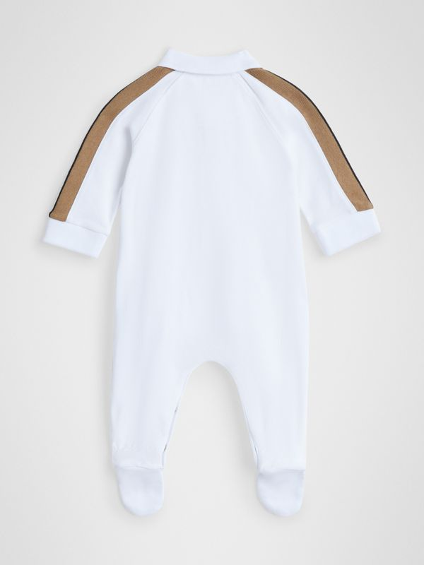 Icon Stripe Two-piece Baby Gift Set in White - Children | Burberry - cell image 3