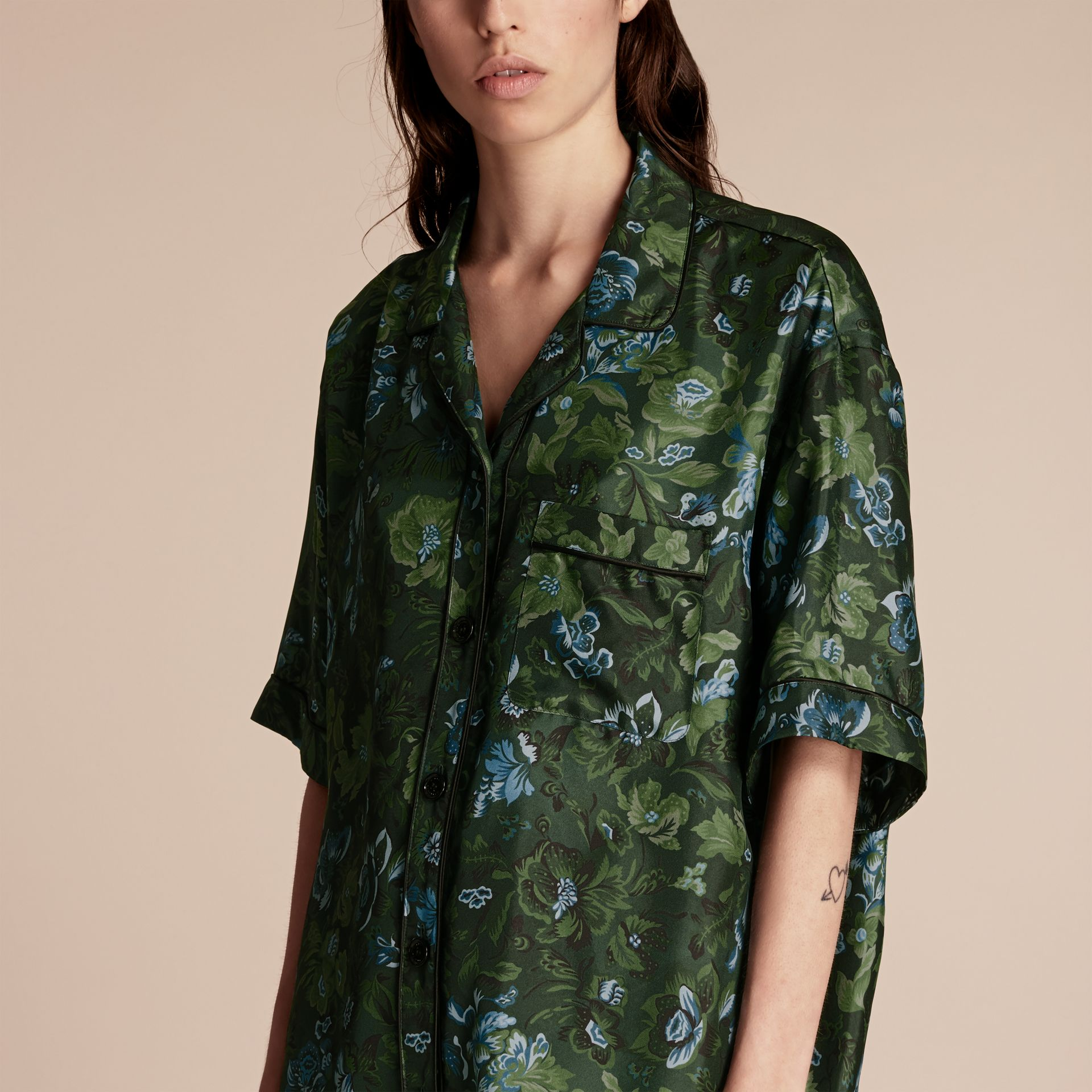 Forest green Short-sleeved Floral Print Silk Pyjama-style Shirt Forest Green - gallery image 5