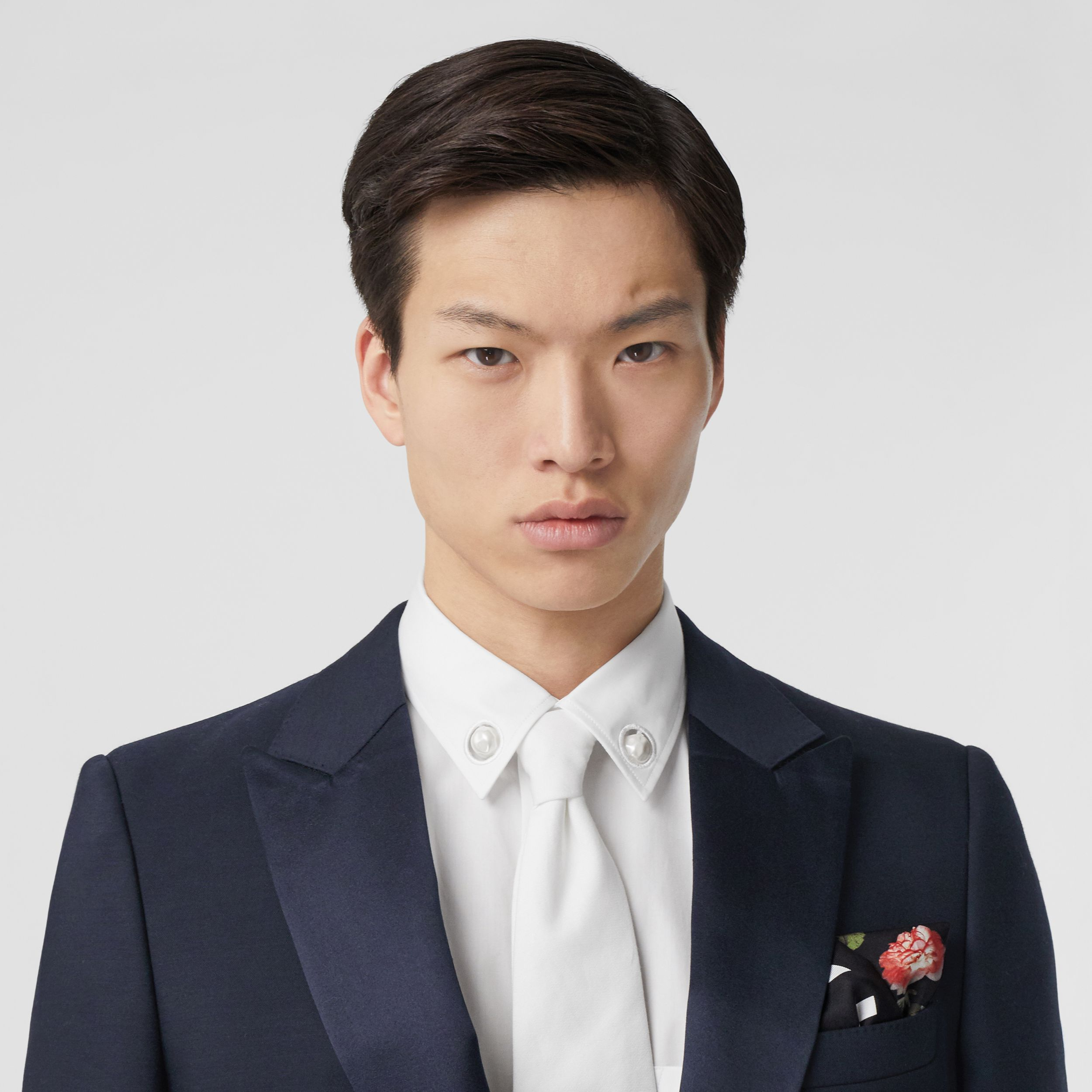 English Fit Wool Silk Blend Tailored Jacket in Navy Black - Men | Burberry - 2
