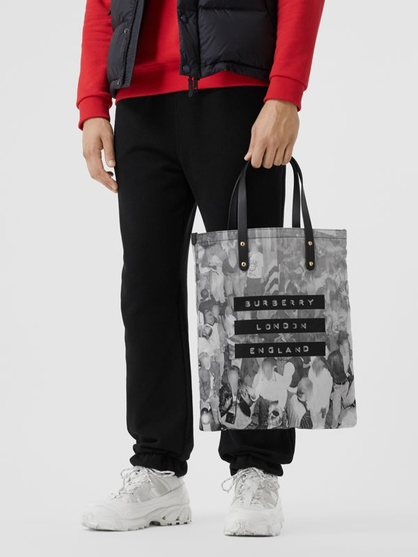 Rave Print Nylon Tote Bag in Black | Burberry - cell image 3