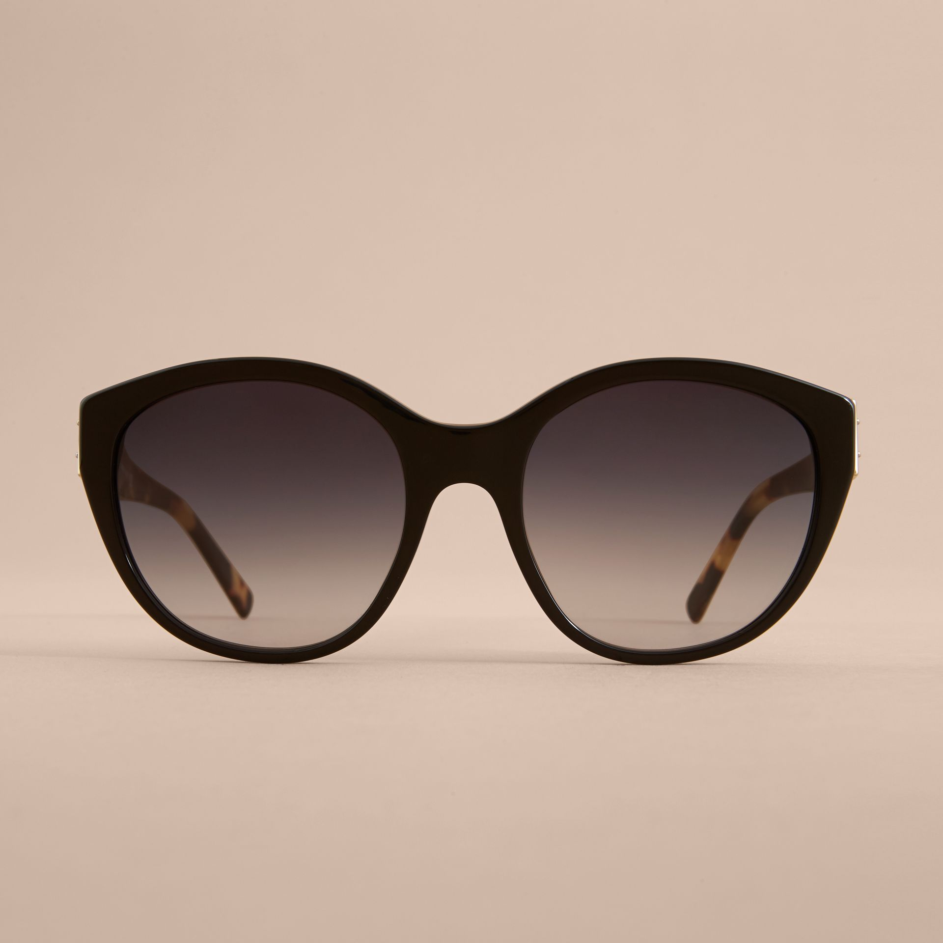 Buckle Detail Round Frame Sunglasses in Black - Women | Burberry - gallery image 2