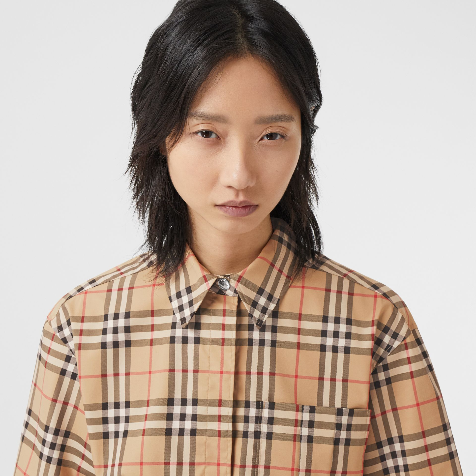 Short-sleeve Vintage Check Stretch Cotton Shirt in Archive Beige - Women | Burberry United Kingdom - gallery image 1