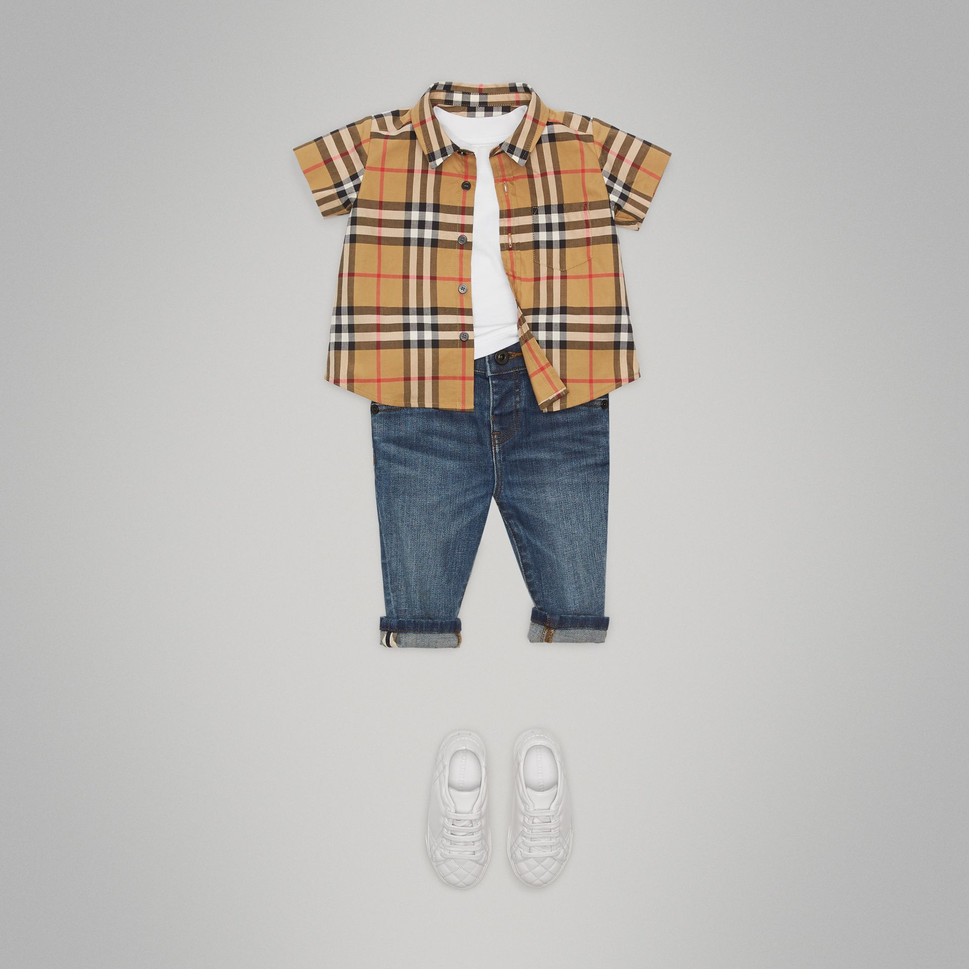 Short-sleeve Vintage Check Cotton Shirt in Antique Yellow - Children | Burberry Hong Kong - gallery image 2