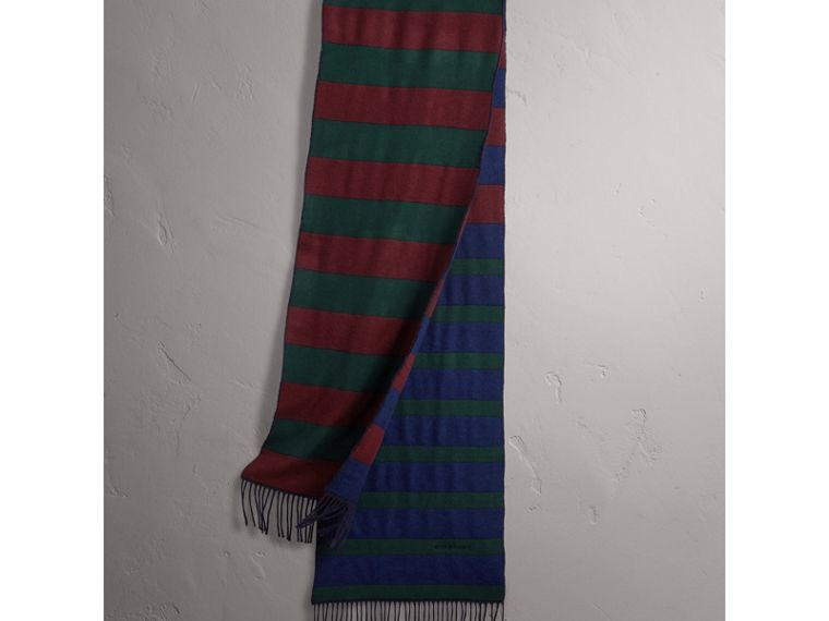 Colour-block Striped Wool Cashmere Scarf in Claret/navy | Burberry United Kingdom - cell image 4