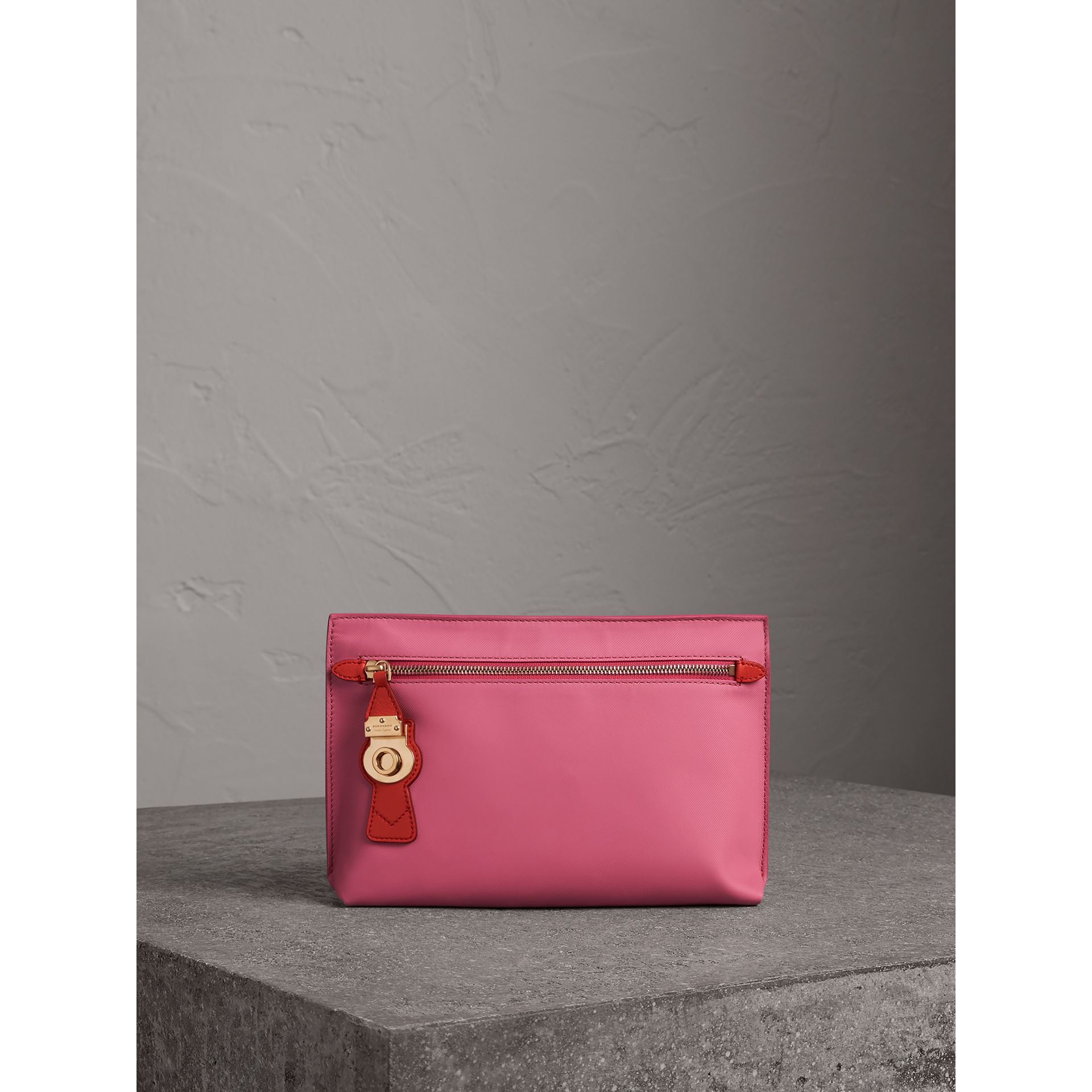 Two-tone Trench Leather Wristlet Pouch in Rose Pink - Women | Burberry - gallery image 0