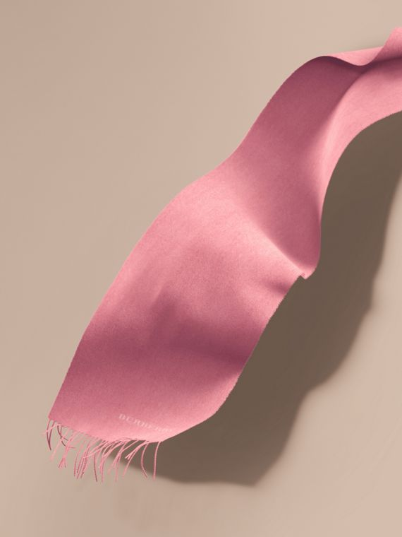 The Classic Cashmere Scarf Rose Pink