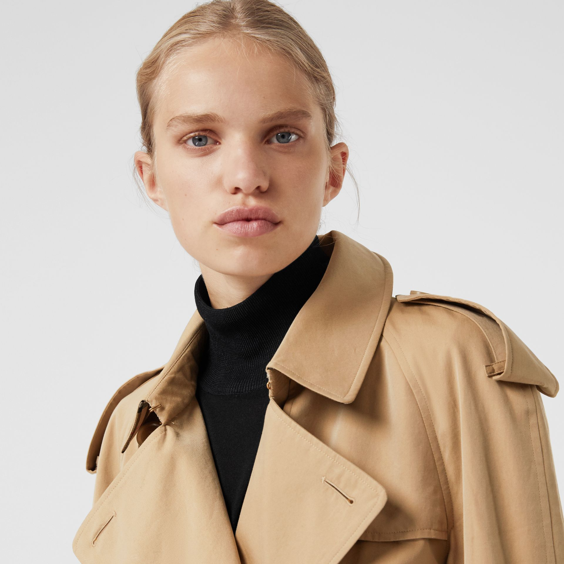 The Westminster Heritage Trench Coat in Honey - Women | Burberry Australia - gallery image 6