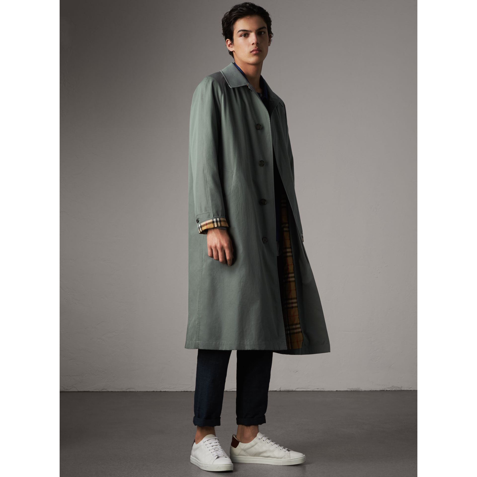 The Brighton – Extra-long Car Coat – Online Exclusive in Dusty Blue - Men | Burberry Canada - gallery image 0