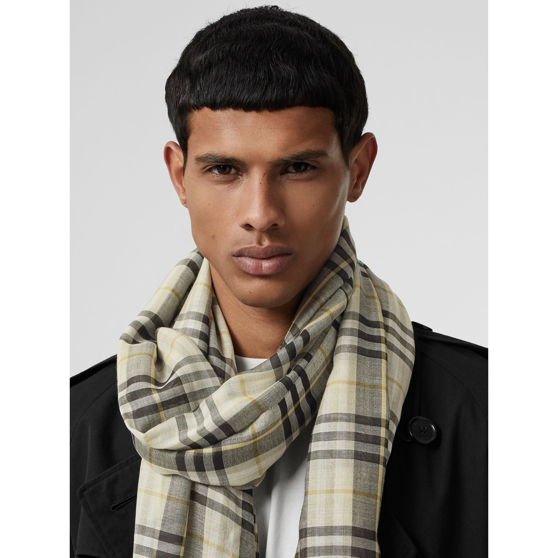 Vintage Check Lightweight Wool Silk Scarf in Sage Green | Burberry Singapore - gallery image 3