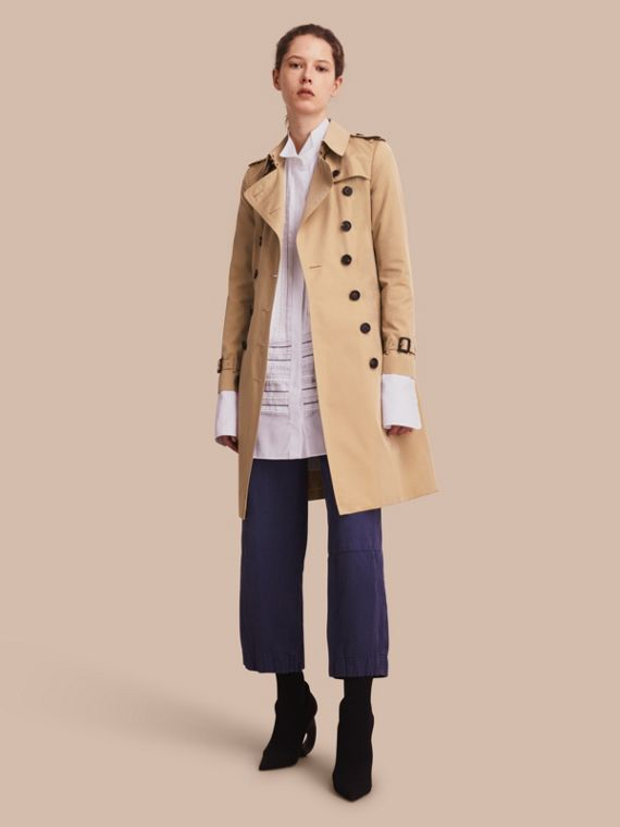 The Chelsea – Long Heritage Trench Coat Honey