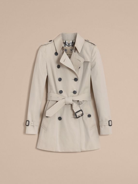 The Chelsea – Short Heritage Trench Coat in Stone - cell image 3