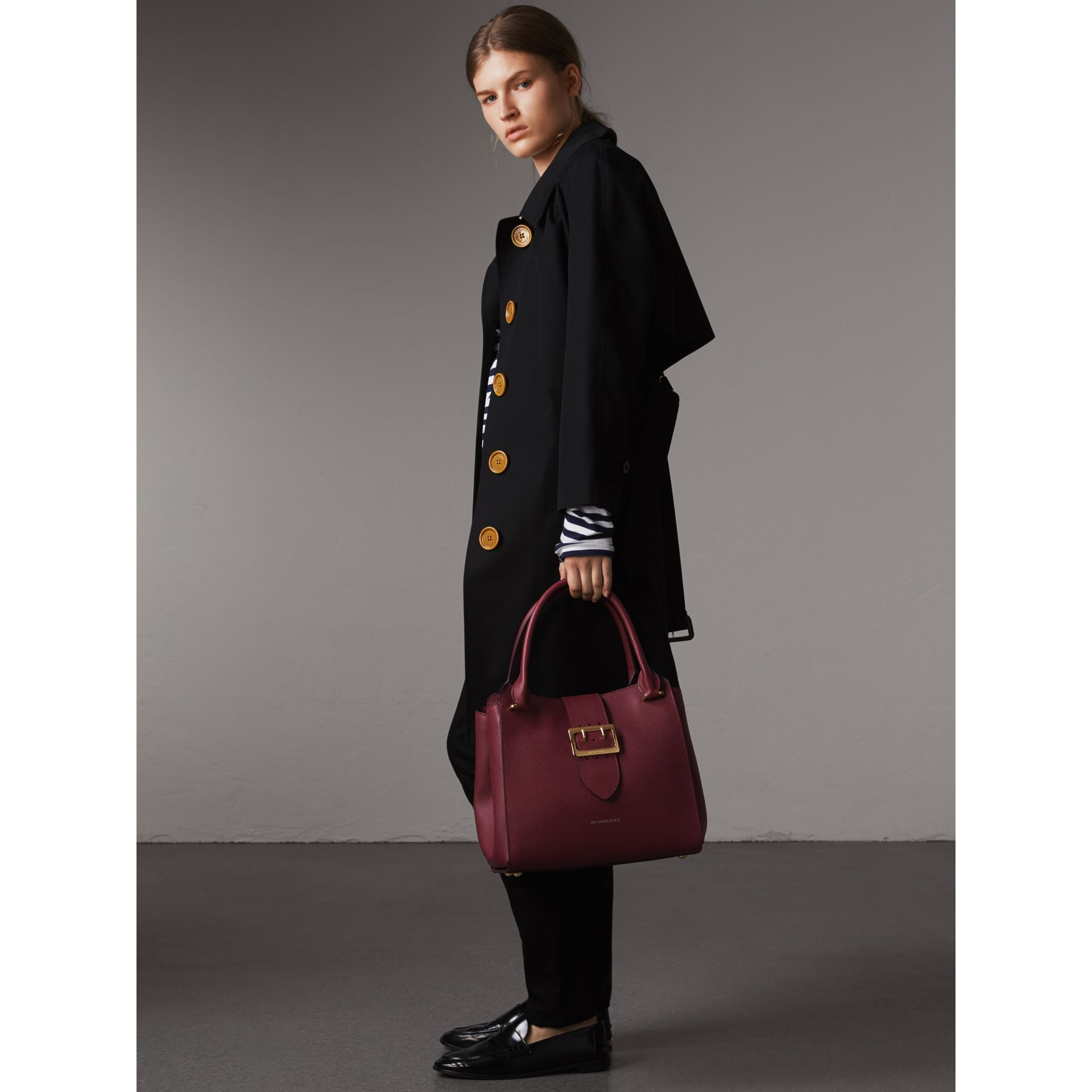 The Medium Buckle Tote in Grainy Leather in Dark Plum - Women | Burberry Australia - gallery image 2
