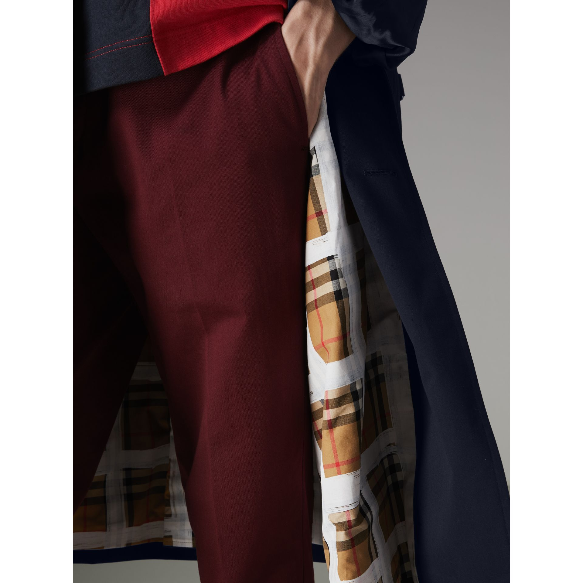 Painted Vintage Check-lined Gabardine Trench Coat in Ink Blue - Men | Burberry Hong Kong - gallery image 4