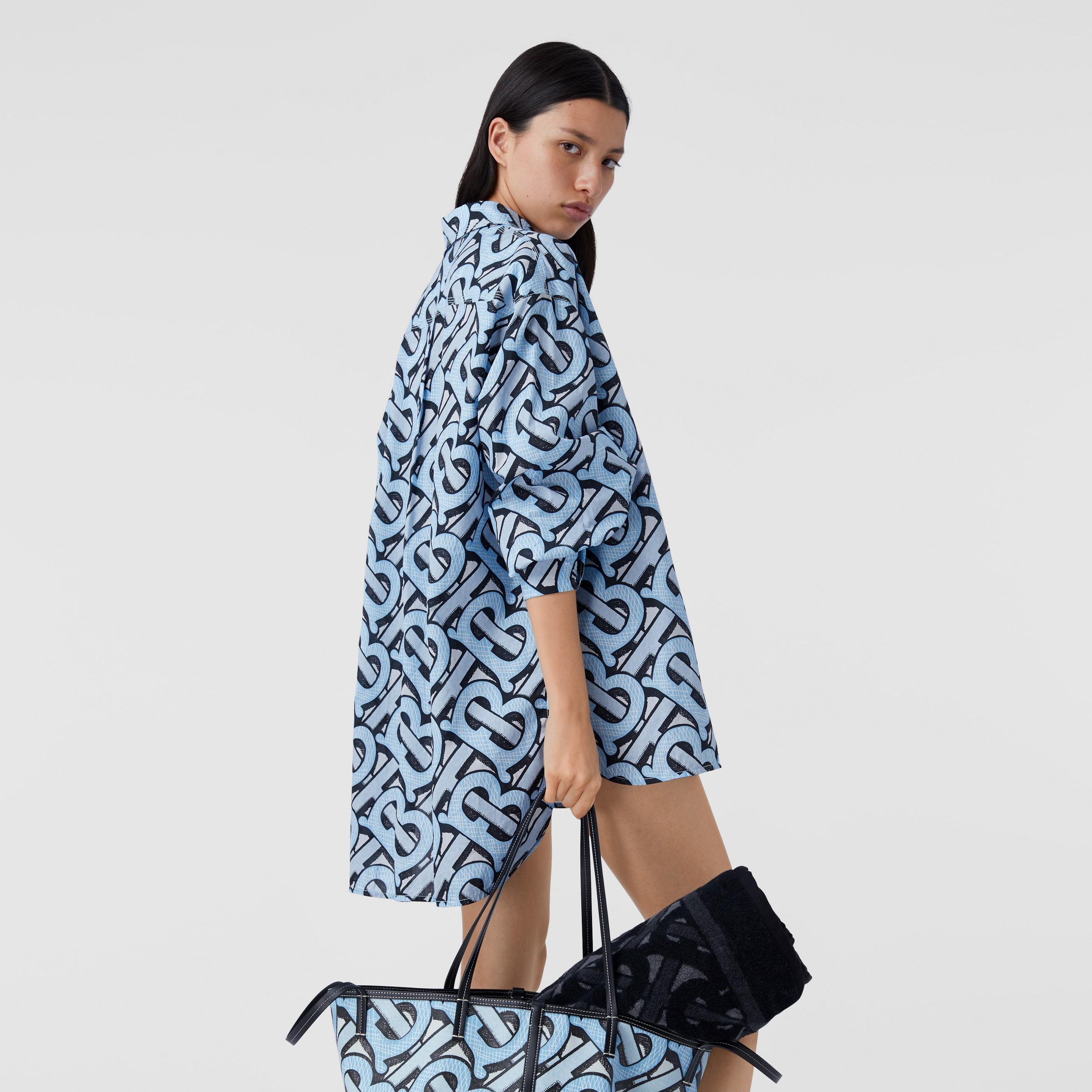 Camicia oversize in popeline di cotone con stampa monogramma (Azzurro Chiaro) - Donna | Burberry - 3