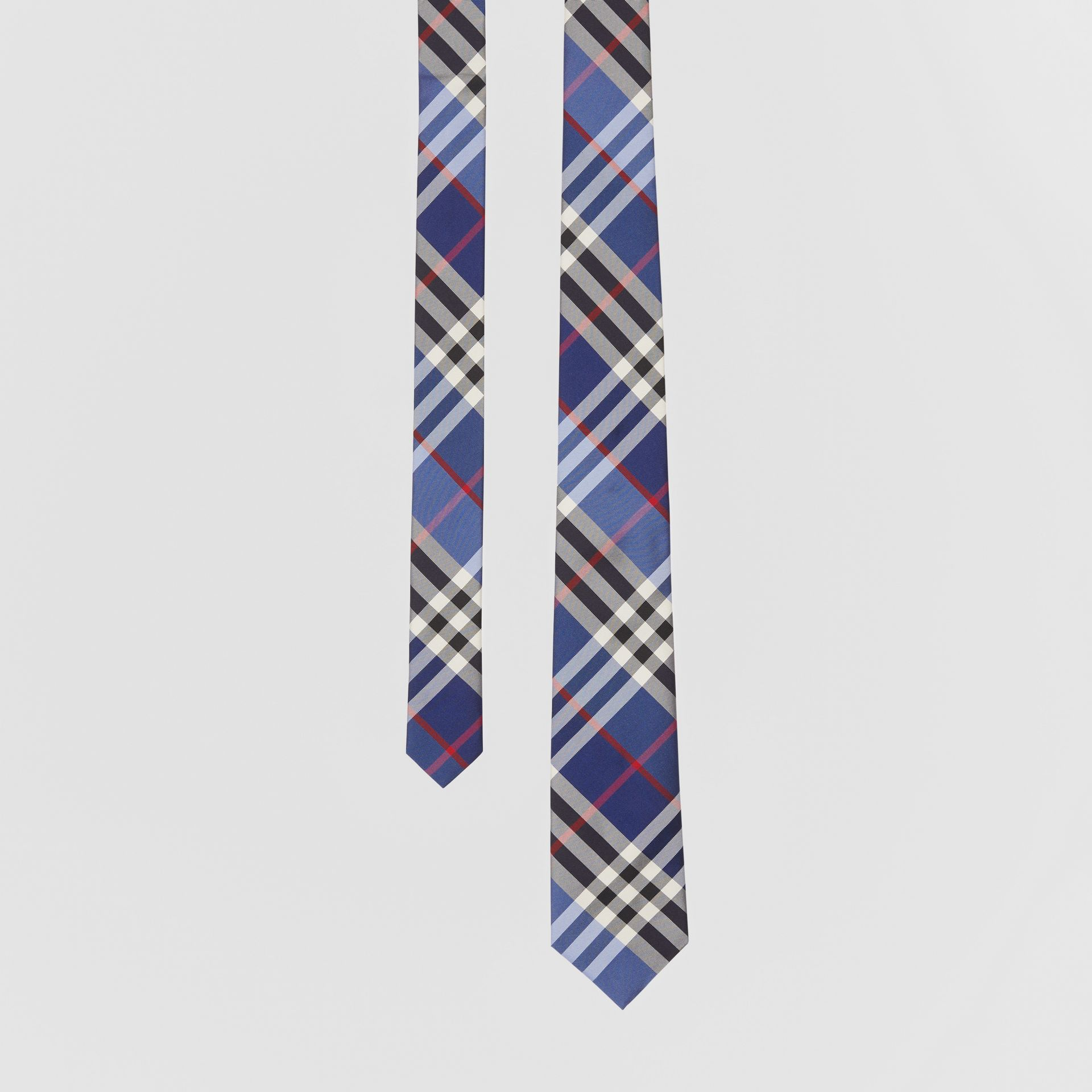 Classic Cut Check Silk Jacquard Tie in Navy - Men | Burberry Hong Kong S.A.R - gallery image 0