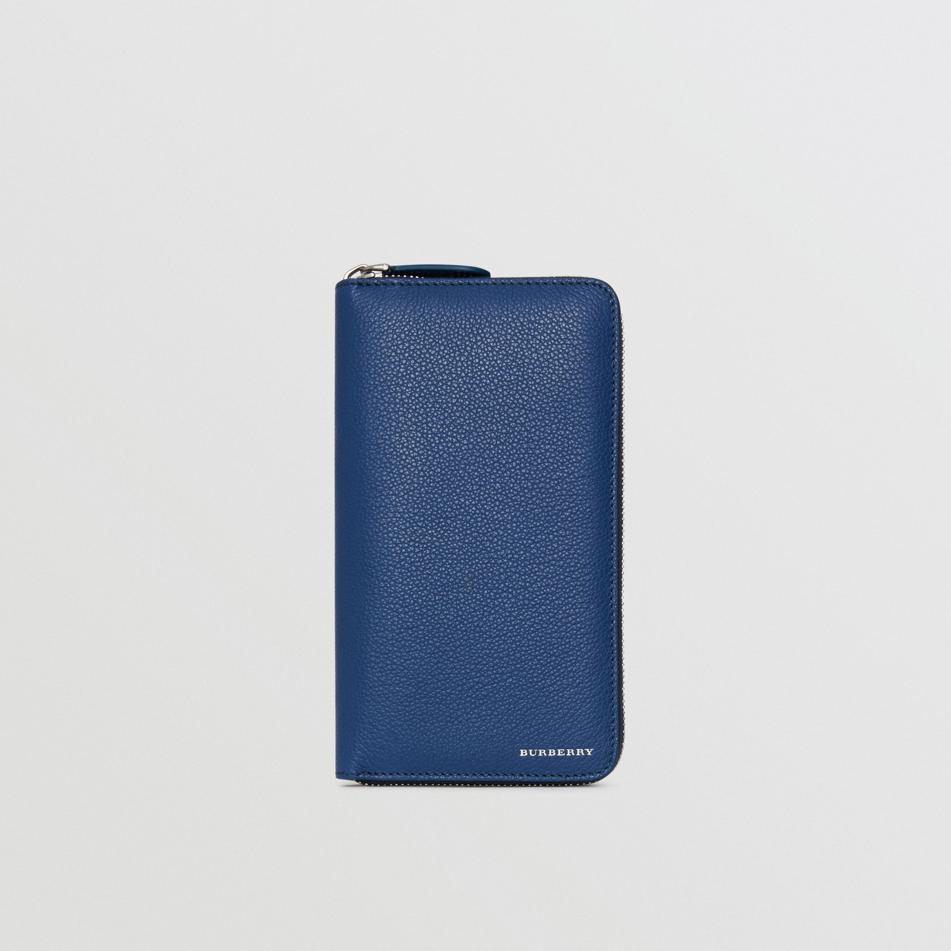 Grainy Leather Ziparound Wallet in Bright Ultramarine - Men | Burberry Hong Kong - gallery image 2