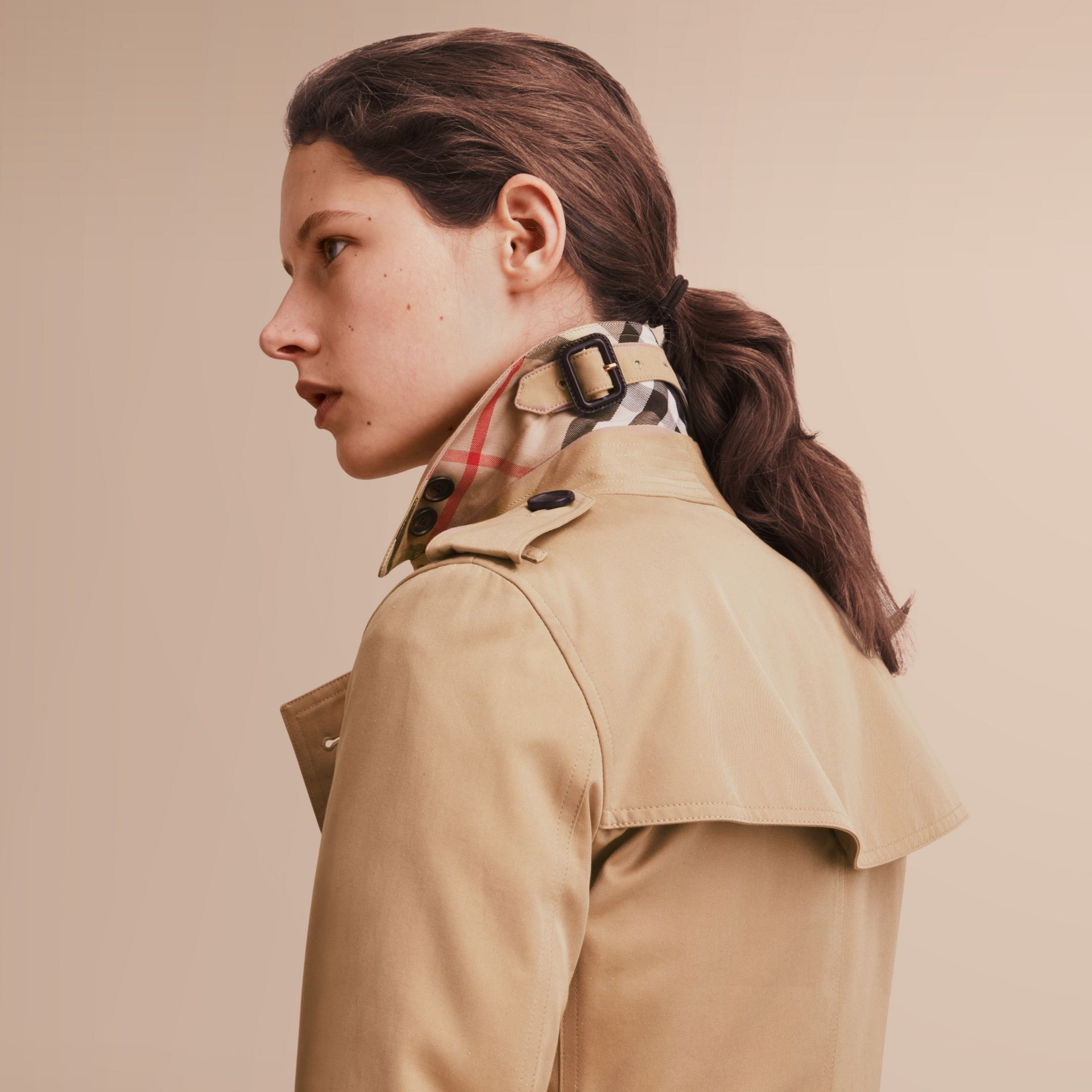 The Kensington – Long Heritage Trench Coat in Honey - gallery image 6