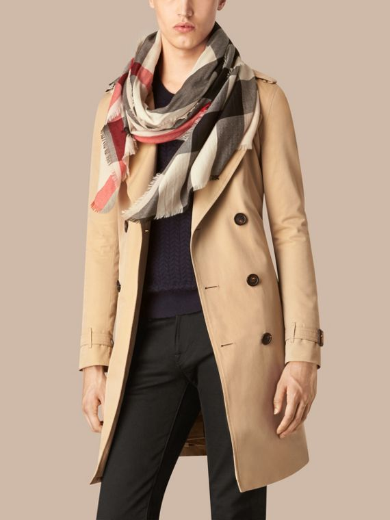 Stone The Lightweight Cashmere Scarf in Check Stone - cell image 3
